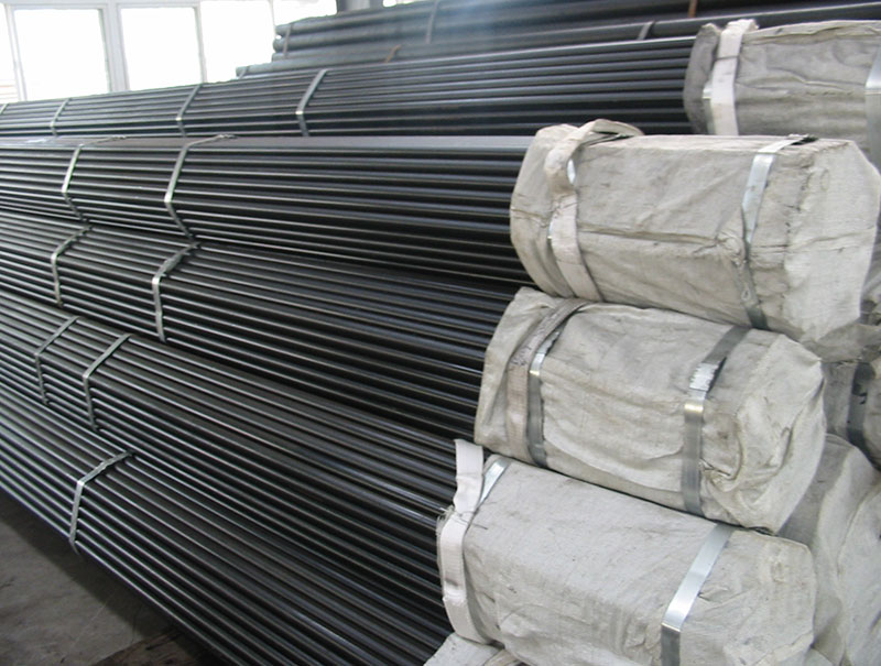 Carbon Steel Welded Pipes With Black Painting